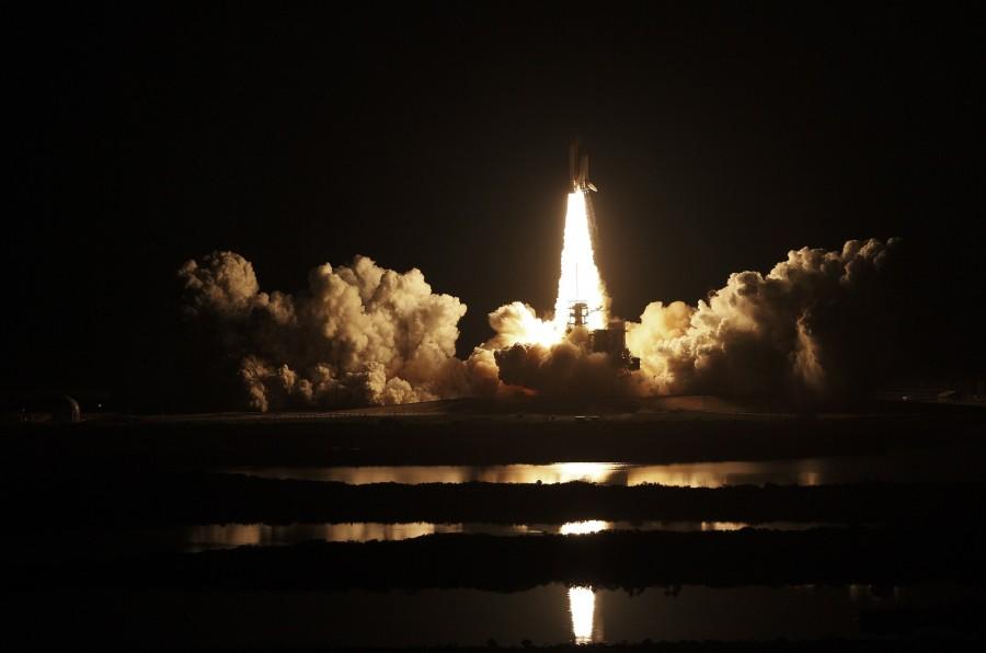 Nave espacial que despega