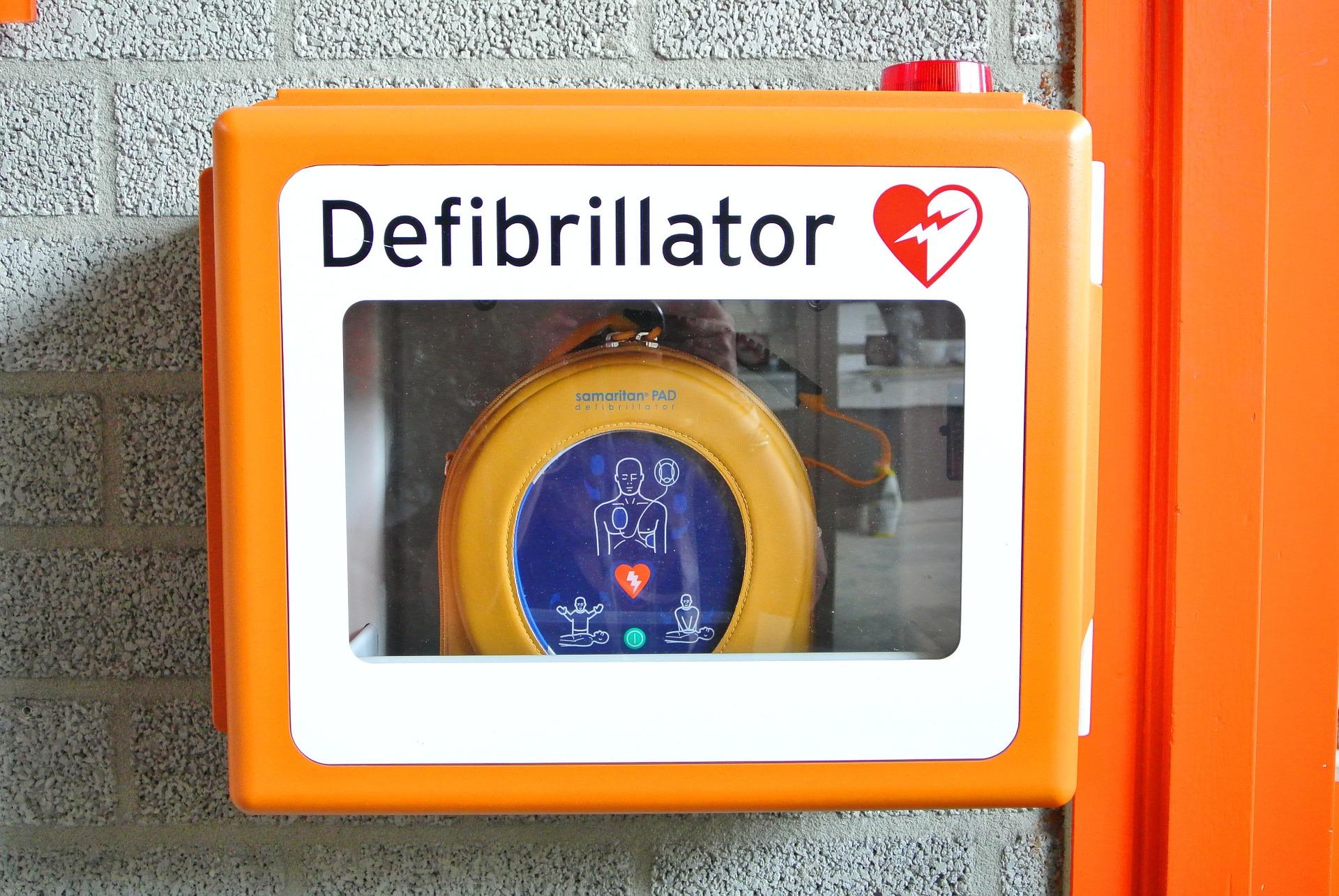 defibrillator-